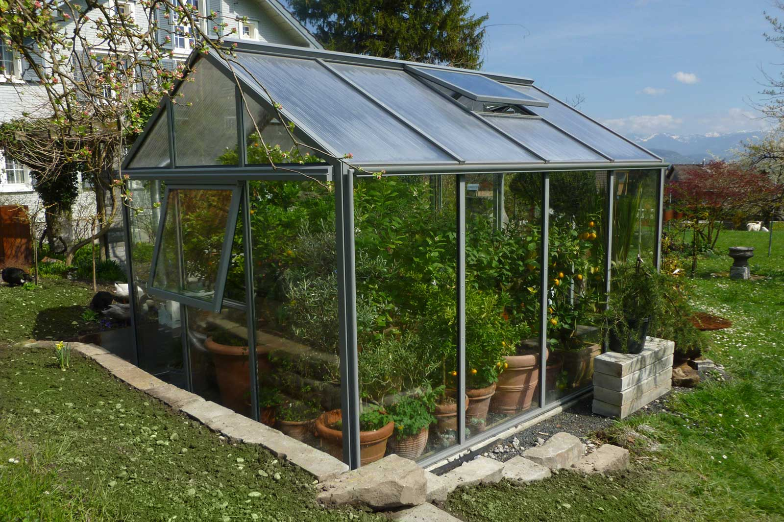 Greenhouse made to measure by Frei Gewächshäuser, Switzerland